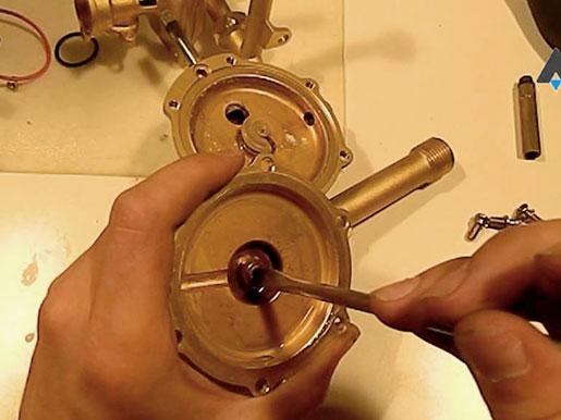 Замена мембраны в газовой колонке своими руками