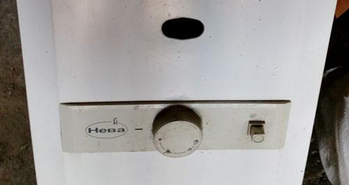Газовая колонка Нева 3208