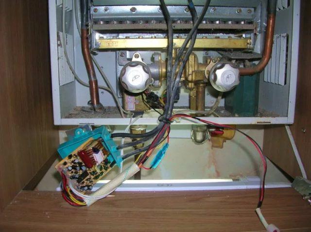 Для чего нужен микродатчик на газовой колонке