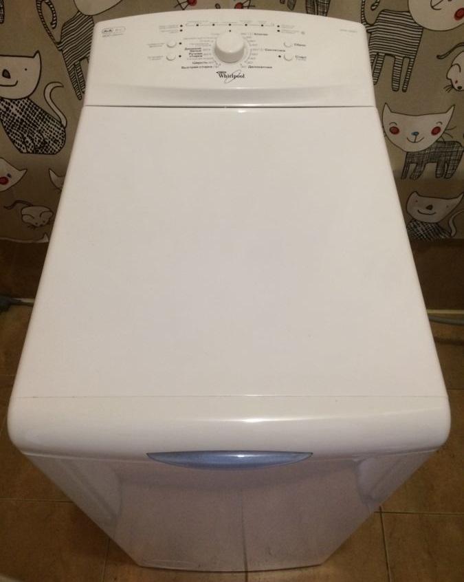 Стиральная машинка Whirlpool AWE2221